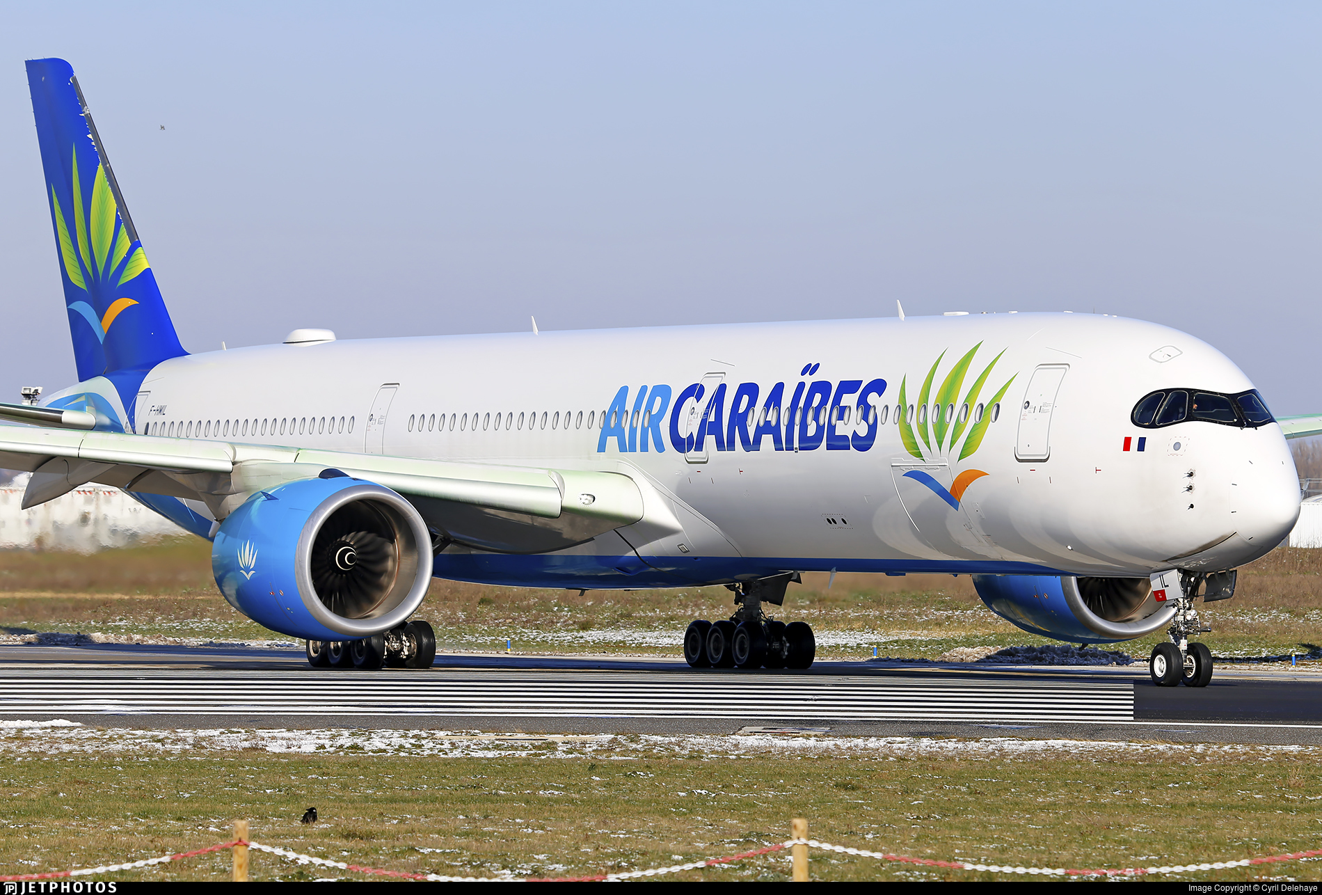 F-HMIL - Airbus A350-1041 - Air Caraïbes Atlantique