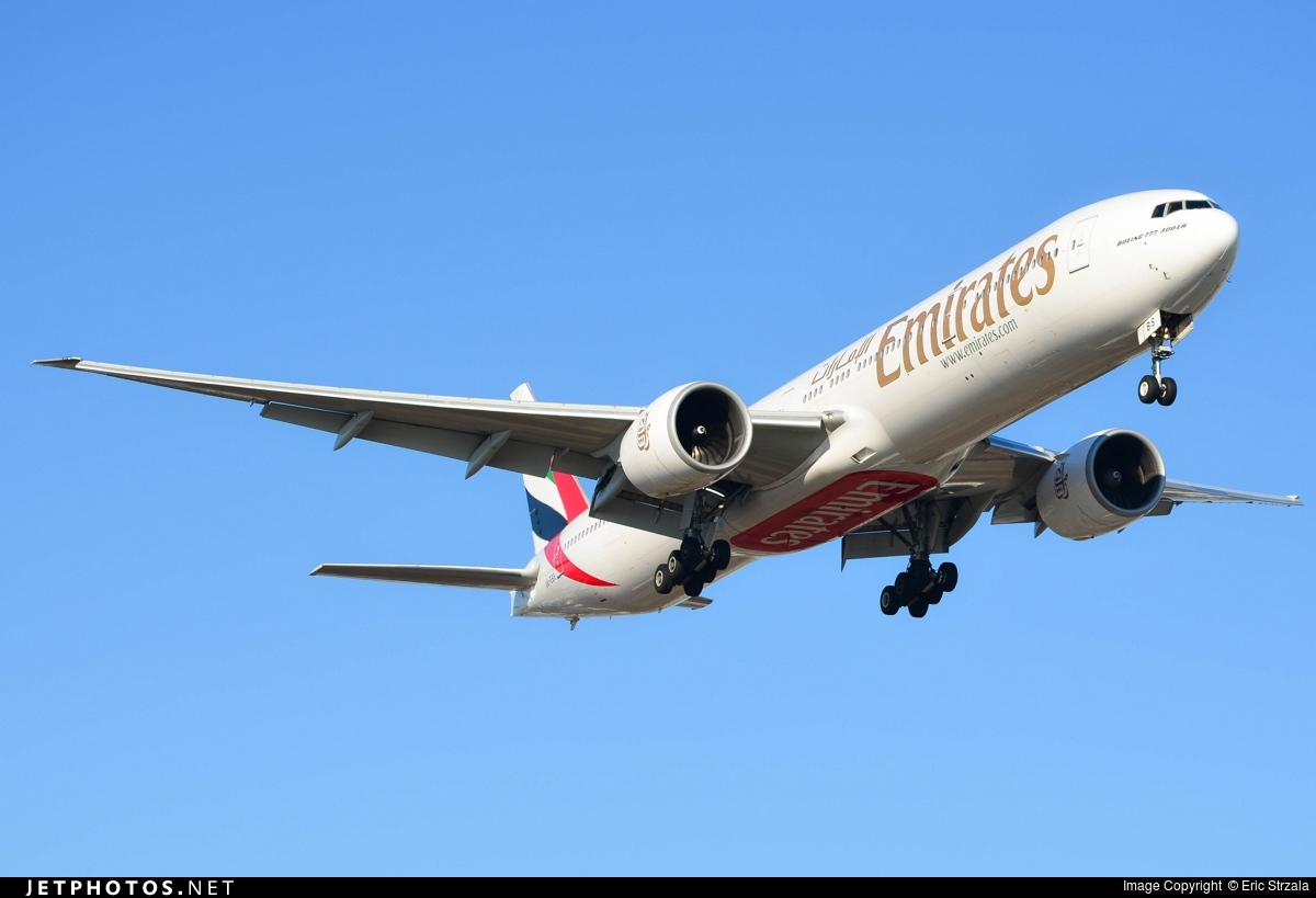 A6-EBS - Boeing 777-31HER - Emirates