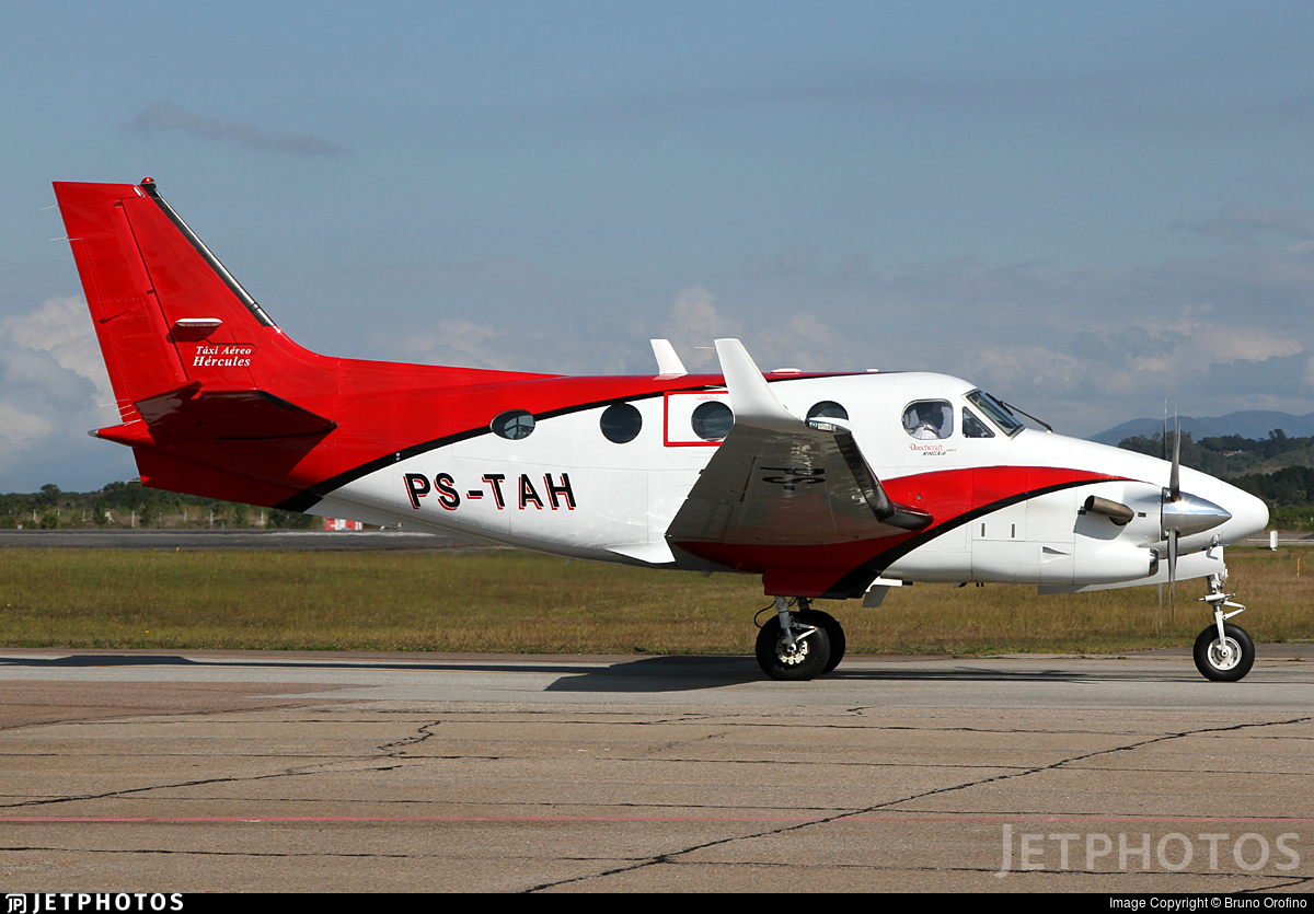 PS-TAH - Beechcraft C90GTi King Air - Táxi Aéreo Hércules