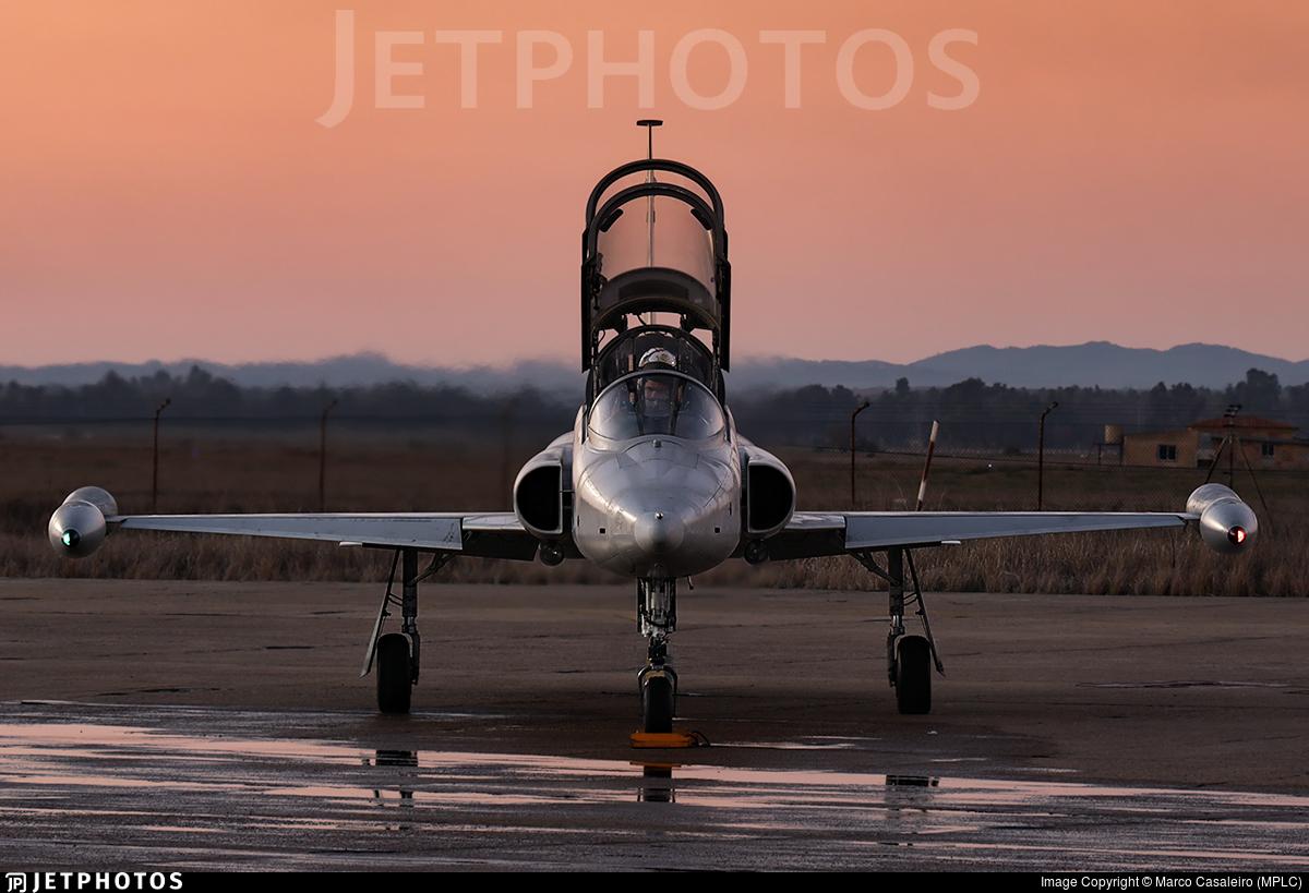 AE.9-016 - CASA SF-5B(M) Freedom Fighter - Spain - Air Force