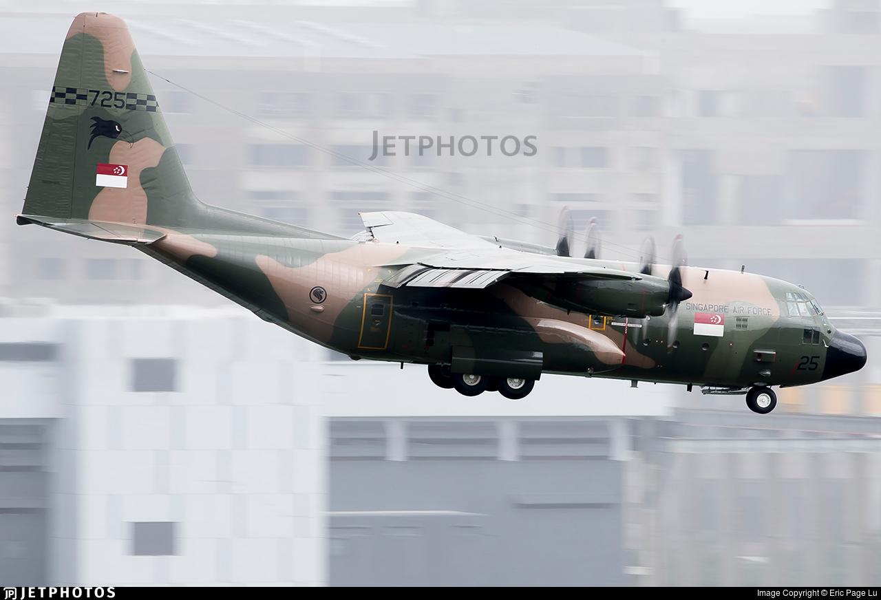 725 - Lockheed KC-130B Hercules - Singapore - Air Force