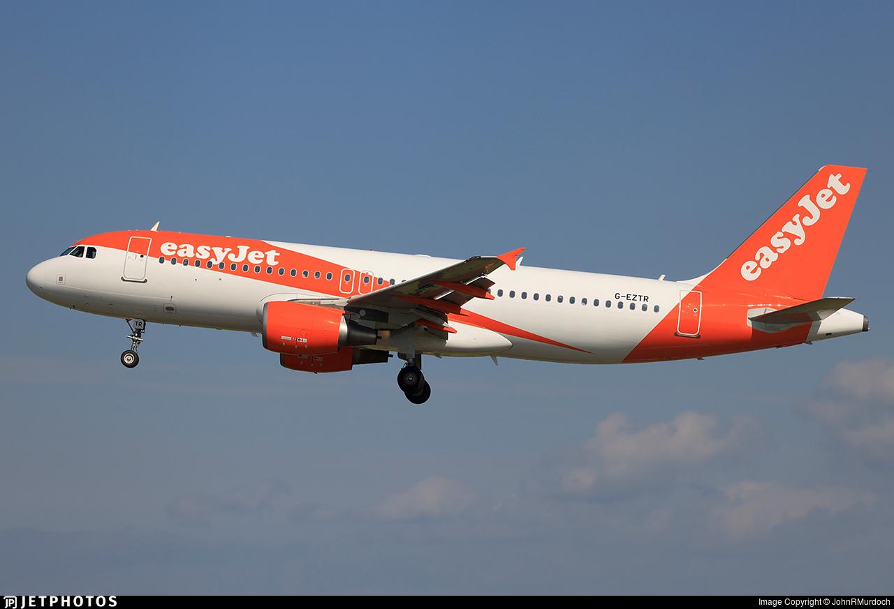 G-EZTR - Airbus A320-214 - easyJet