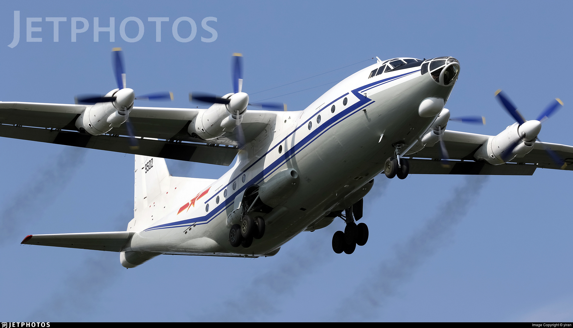 9502 - Shaanxi Y-8C - China - Navy