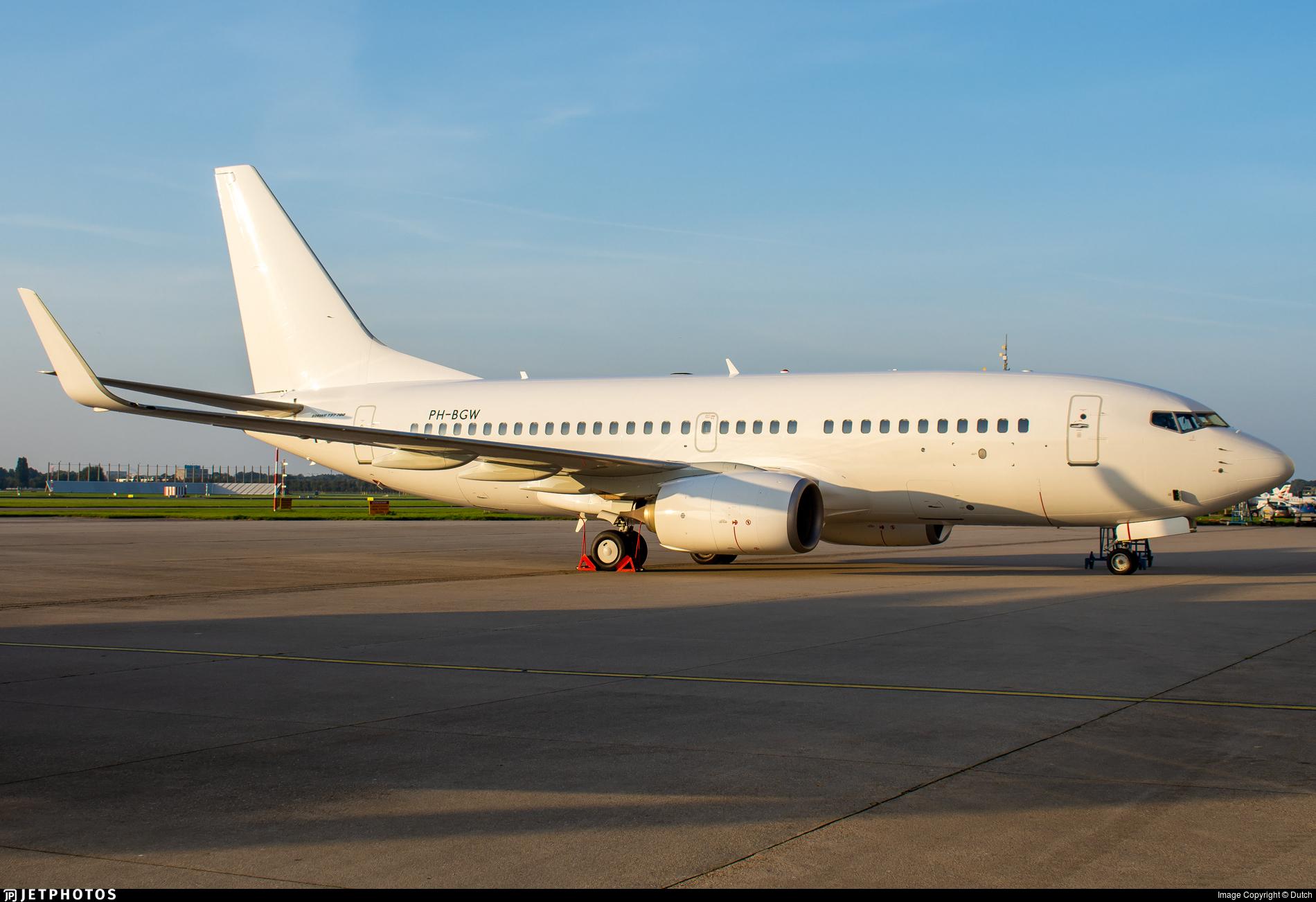 PH-BGW - Boeing 737-7K2 - Untitled