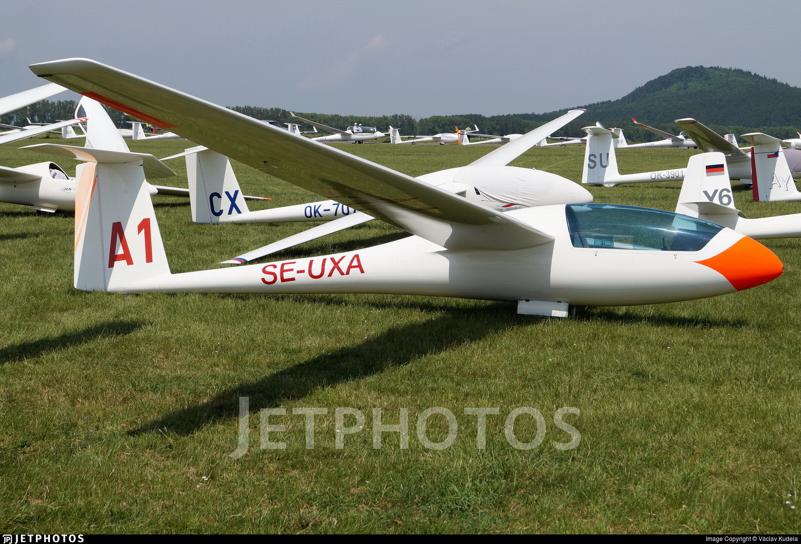 SE-UXA - Schempp-Hirth Standard Cirrus - Private