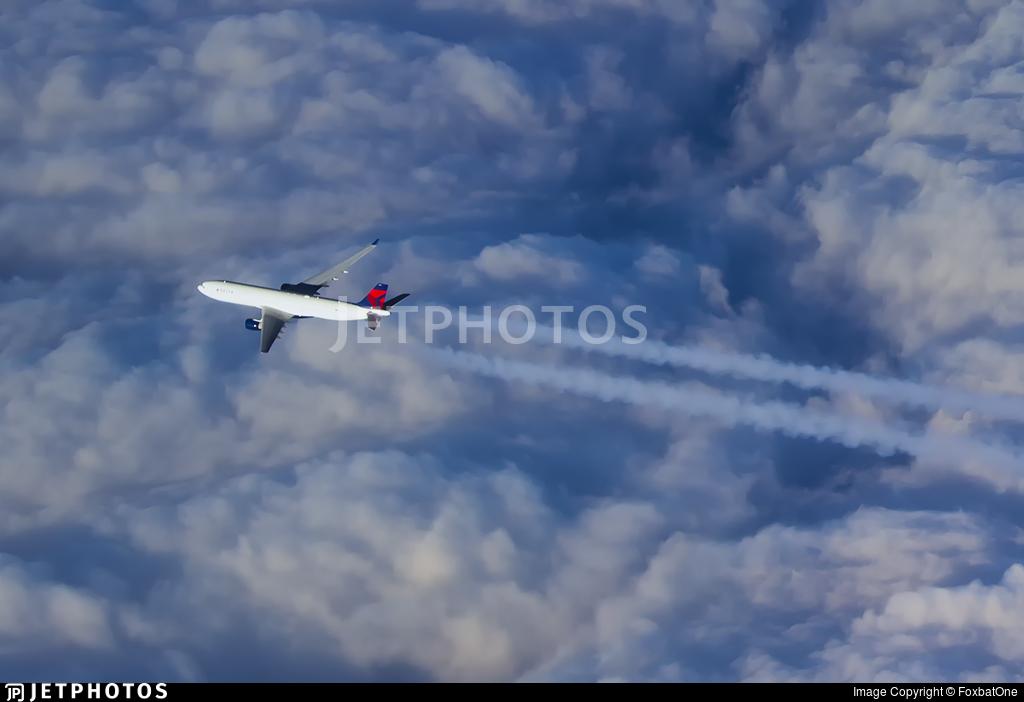 - Airbus A330-223 - Delta Air Lines