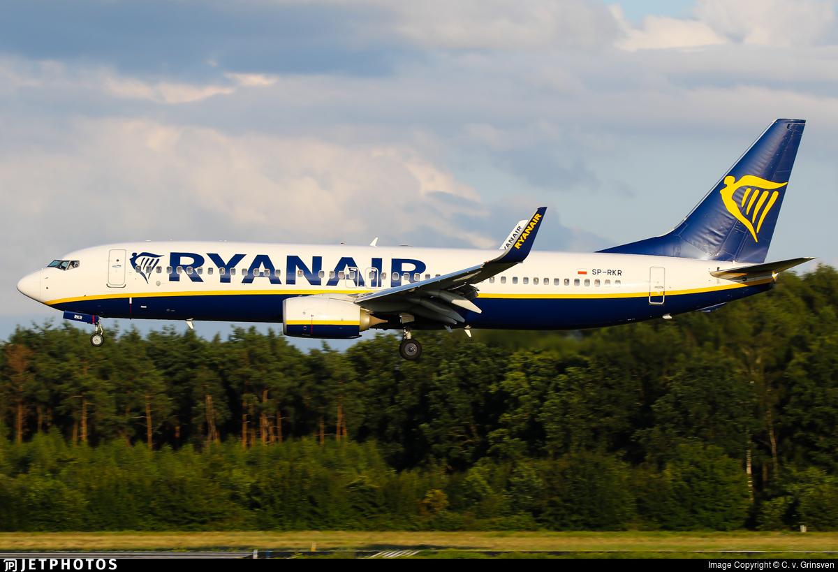 SP-RKR - Boeing 737-8AS - Ryanair Sun