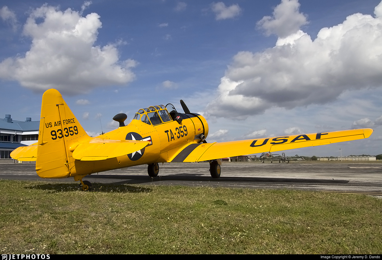 N44FL - North American T-6G Texan - Private