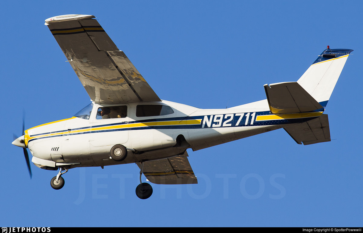 N92711 - Cessna T210L Turbo Centurion  - Private