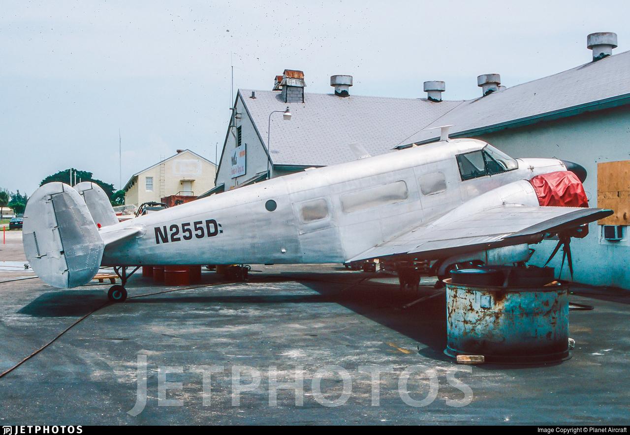 N255D - Beech E18S - Private