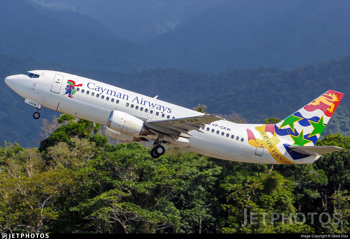 VP-CKW - Boeing 737-36E - Cayman Airways