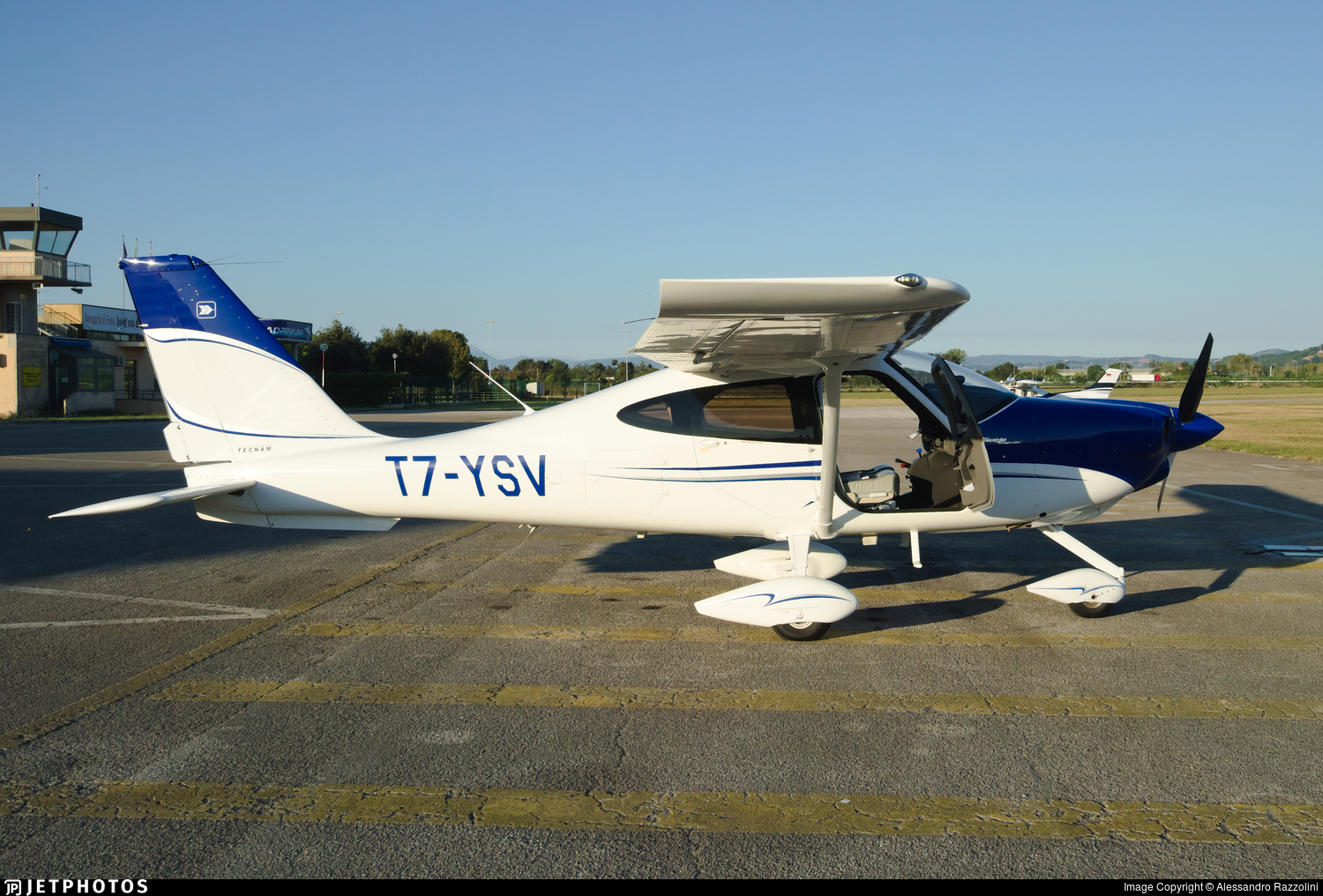 T7-YSV - Tecnam P2010 - Eagles Aviation Academy