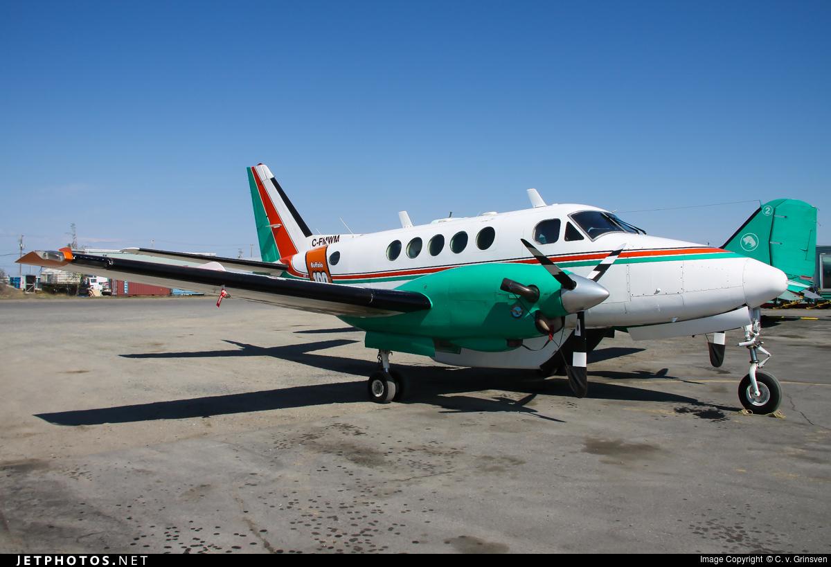 C-FMWM - Beechcraft 100 King Air - Buffalo Airways