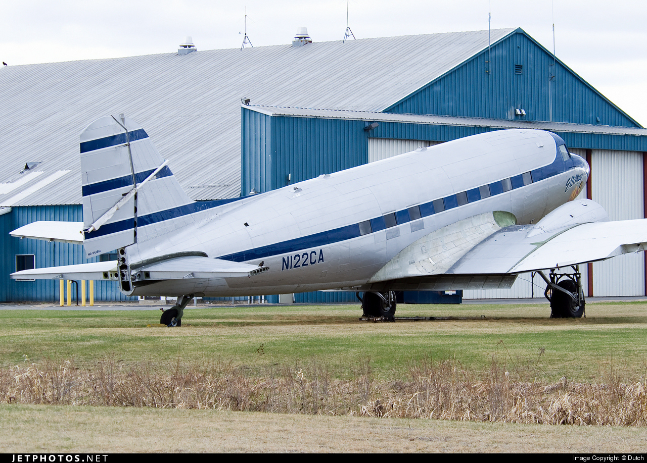 N122CA - Douglas DC-3A - Private