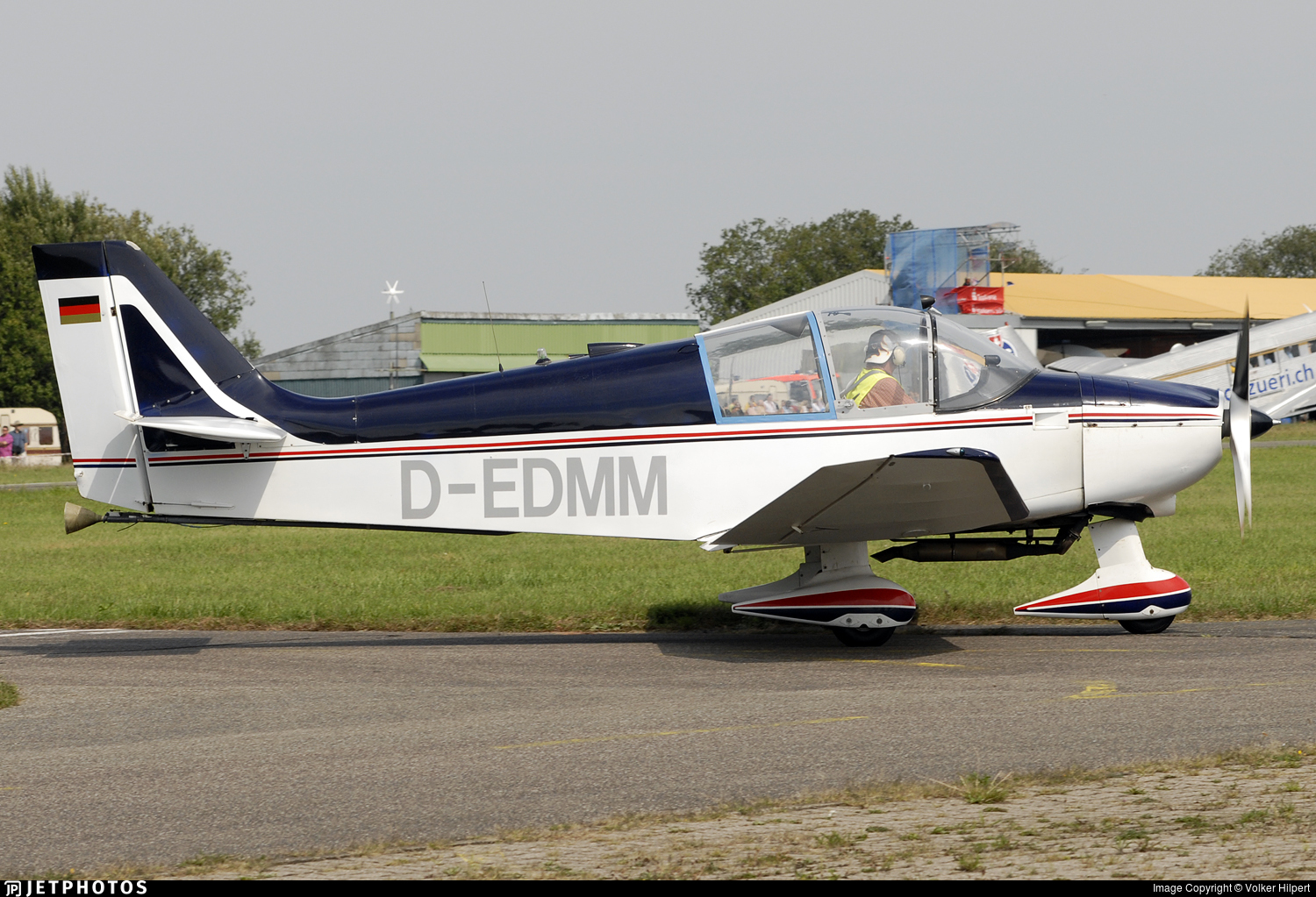 D-EDMM - Robin DR300/180R - Private