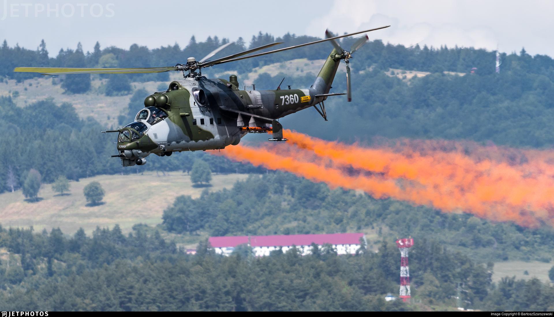 7360 - Mil Mi-35M Hind - Czech Republic - Air Force