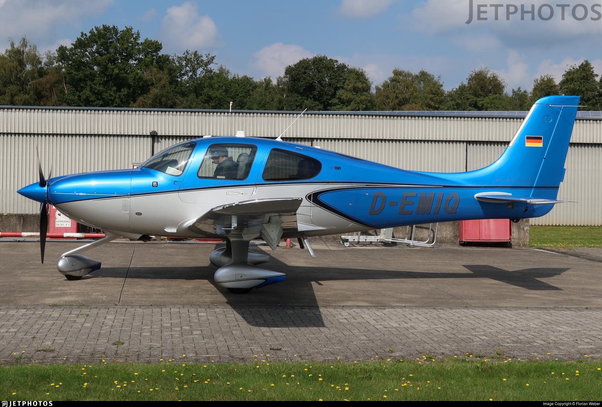 D-EMIQ - Cirrus SR22T-GTS Platinum - Private
