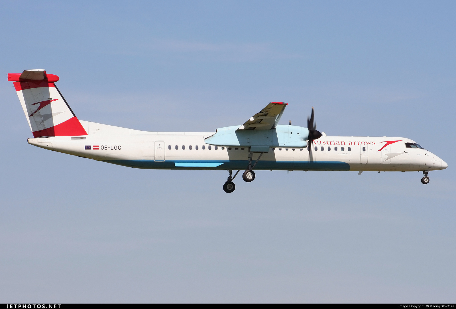 OE-LGC - Bombardier Dash 8-Q402 - Austrian Arrows
