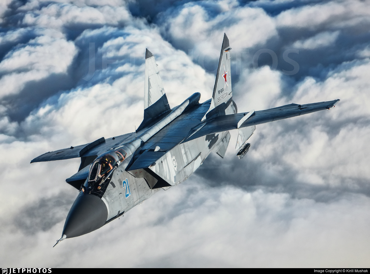 RF-92474 - Mikoyan-Gurevich MiG-31 Foxhound - Russia - Air Force