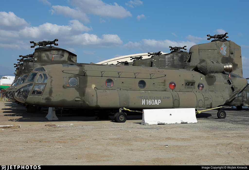 N160AP - Boeing CH-47D Chinook - Unical Aviation