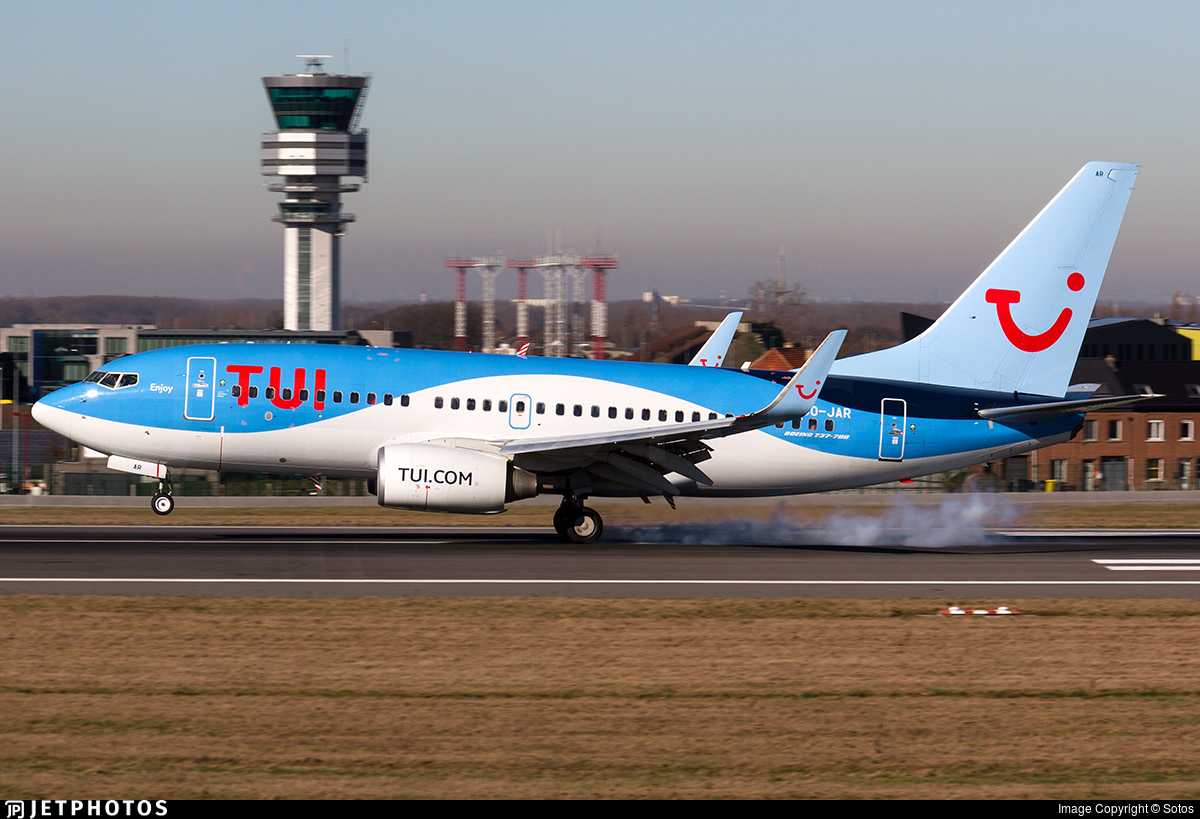 OO-JAR - Boeing 737-7K5 - TUI