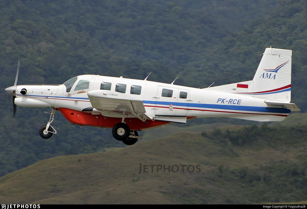 PK-RCE - Pacific Aerospace P-750 XSTOL - Associated Mission Aviation - AMA