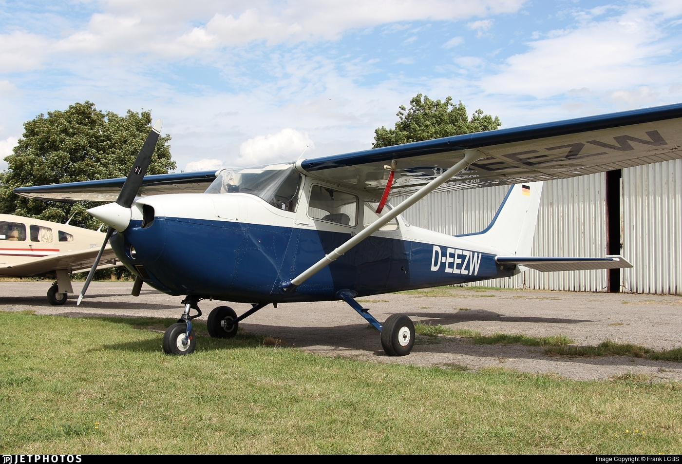 D-EEZW - Reims-Cessna F172L Skyhawk - Private