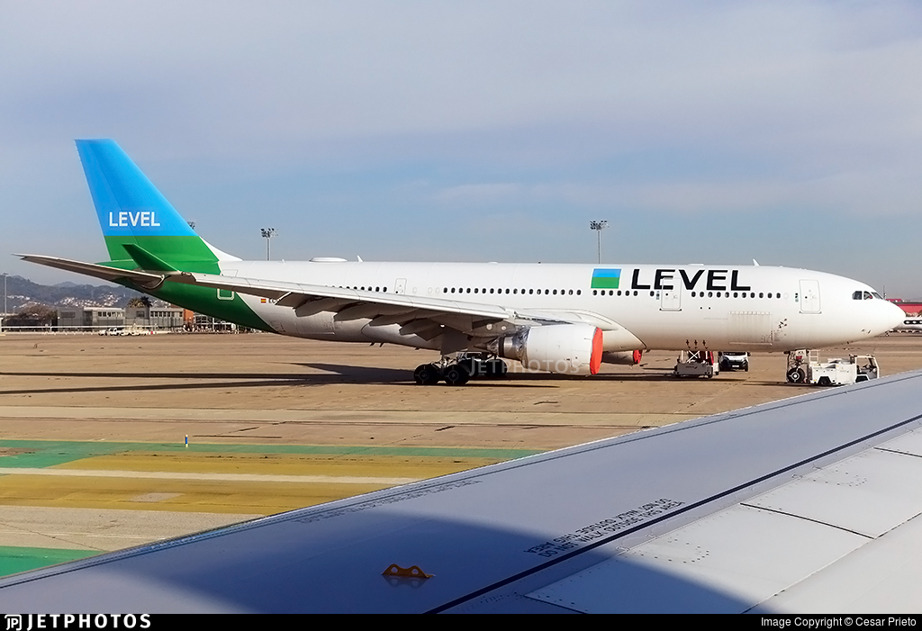 EC-MYA - Airbus A330-202 - Level (Iberia)