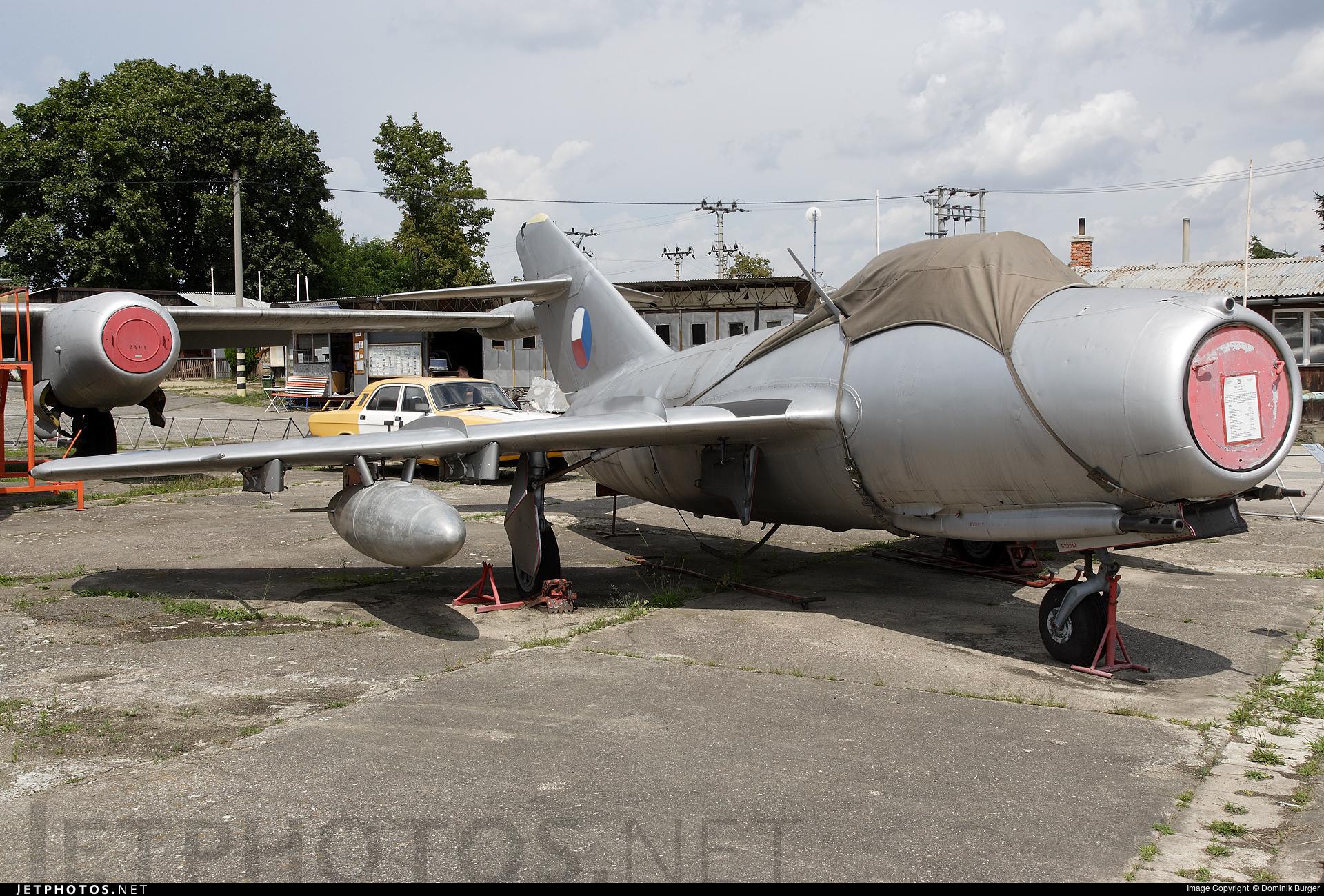3912 - Mikoyan-Gurevich Mig-15bis Fagot - Czechoslovakia - Air Force