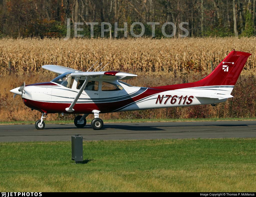 N7611S - Cessna 182Q Skylane - Private
