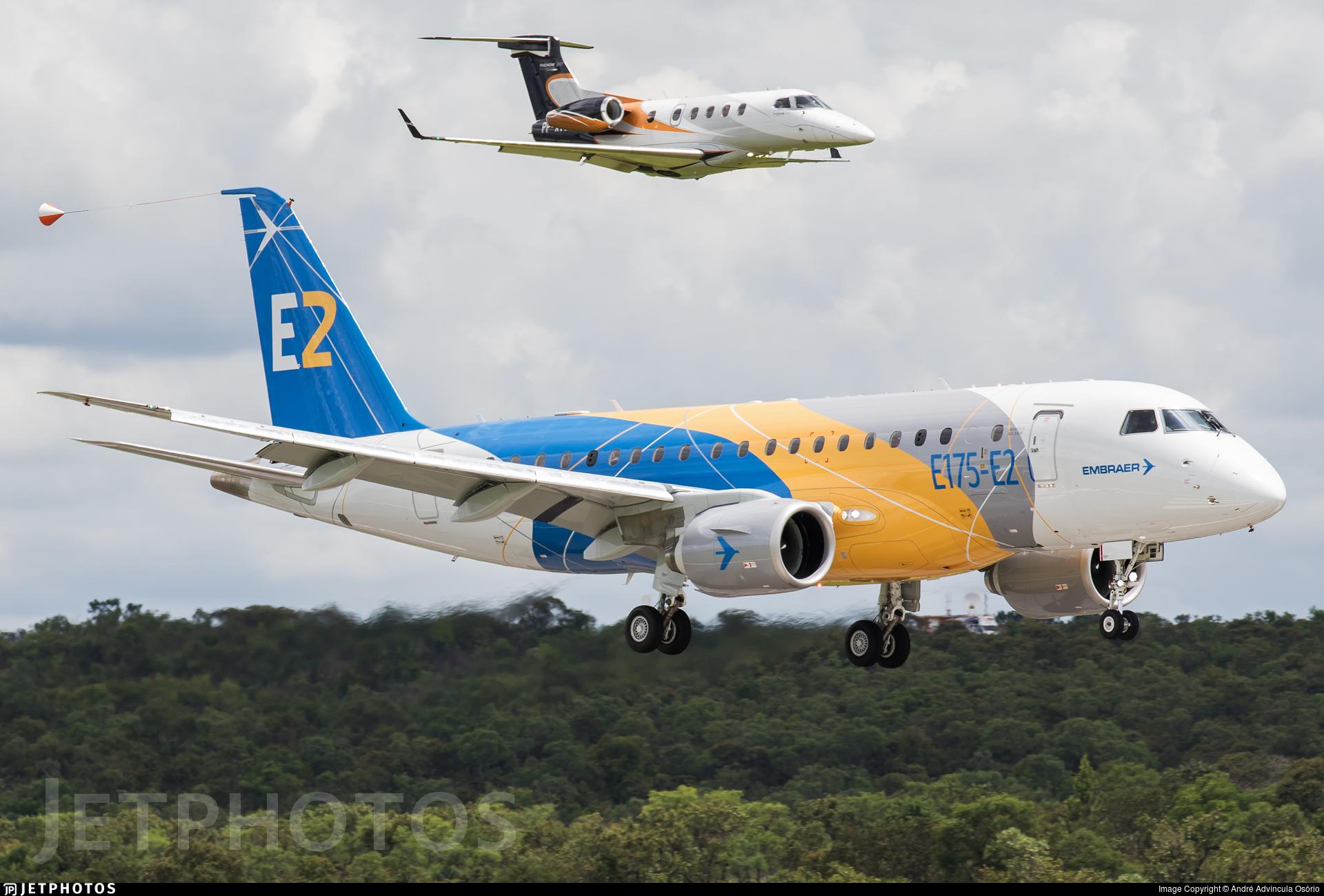 PR-ZXM - Embraer 190-500STD - Embraer