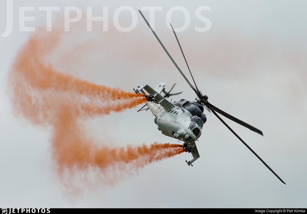 3370 - Mil Mi-35M Hind - Czech Republic - Air Force