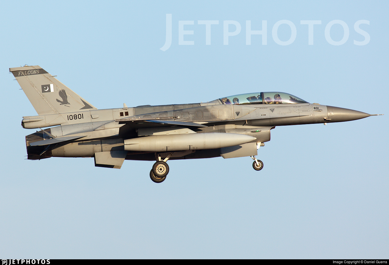 10801 - Lockheed Martin F-16DJ Fighting Falcon - Pakistan - Air Force