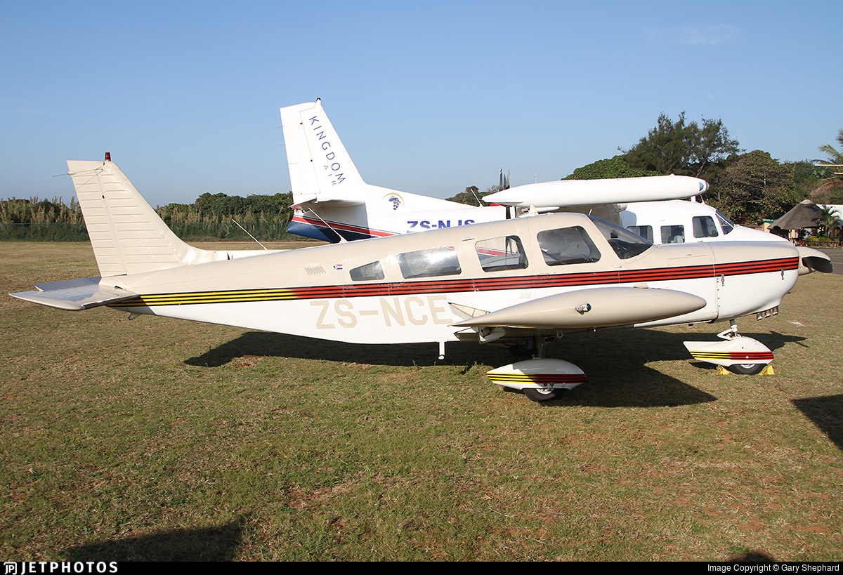 ZS-NCE   Piper PA-32-300 Cherokee Six   Private   Gary