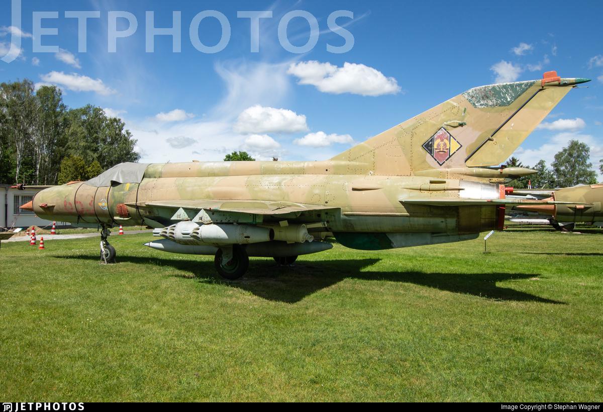 653 - Mikoyan-Gurevich MiG-21MF Fishbed J - German Democratic Republic - Air Force