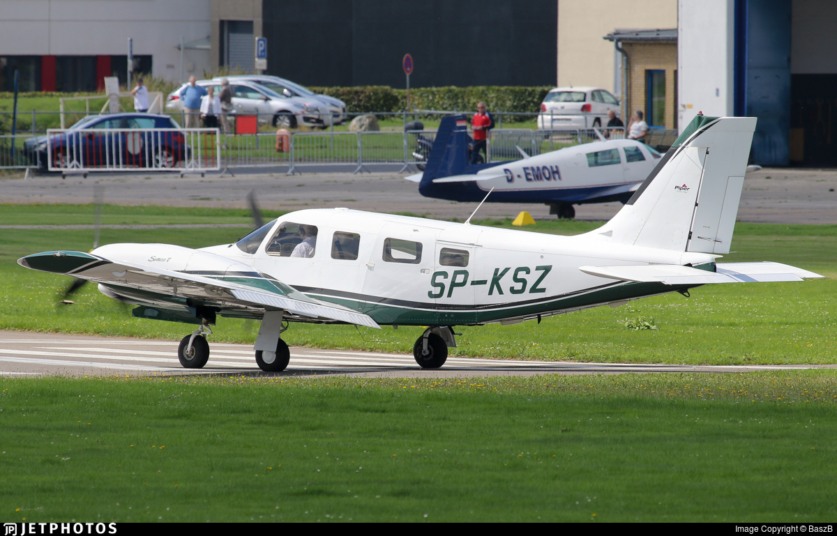 SP-KSZ - Piper PA-34-220T Seneca V - Private