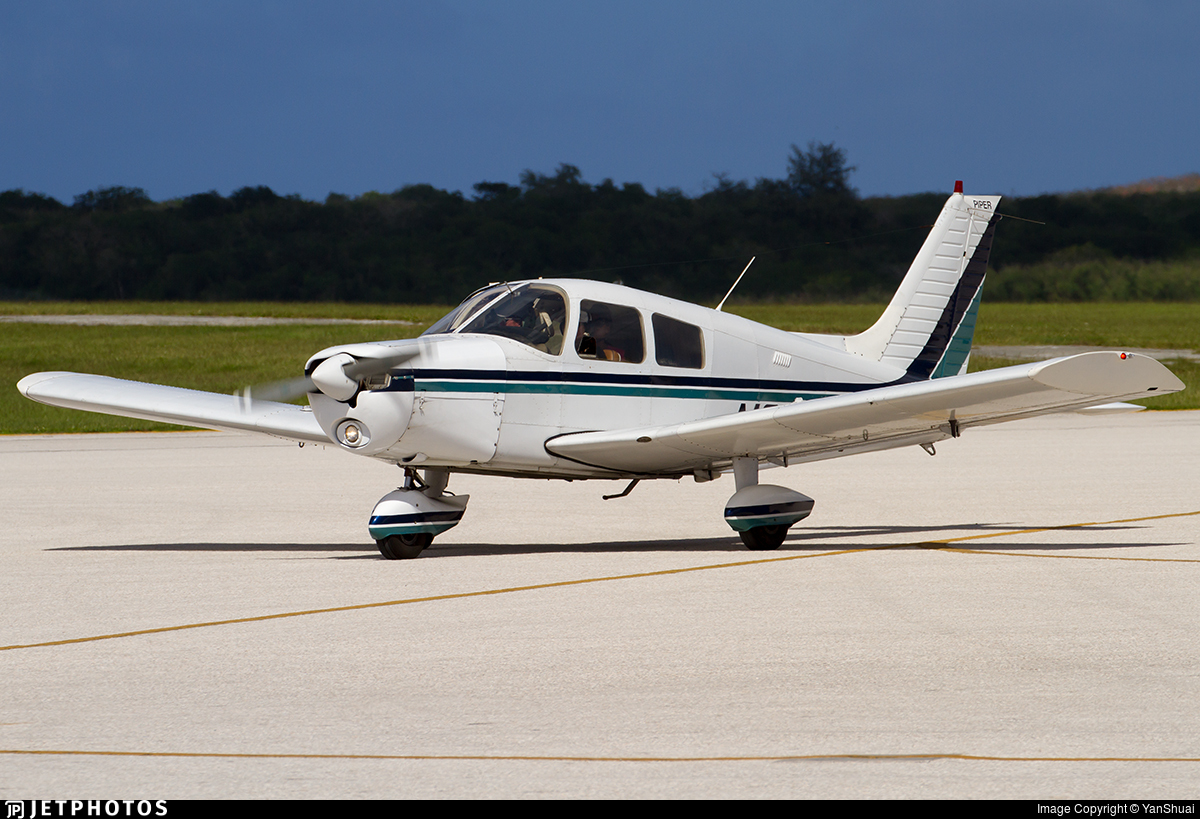 N6733F - Piper PA-28-140 Cherokee Cruiser - Private