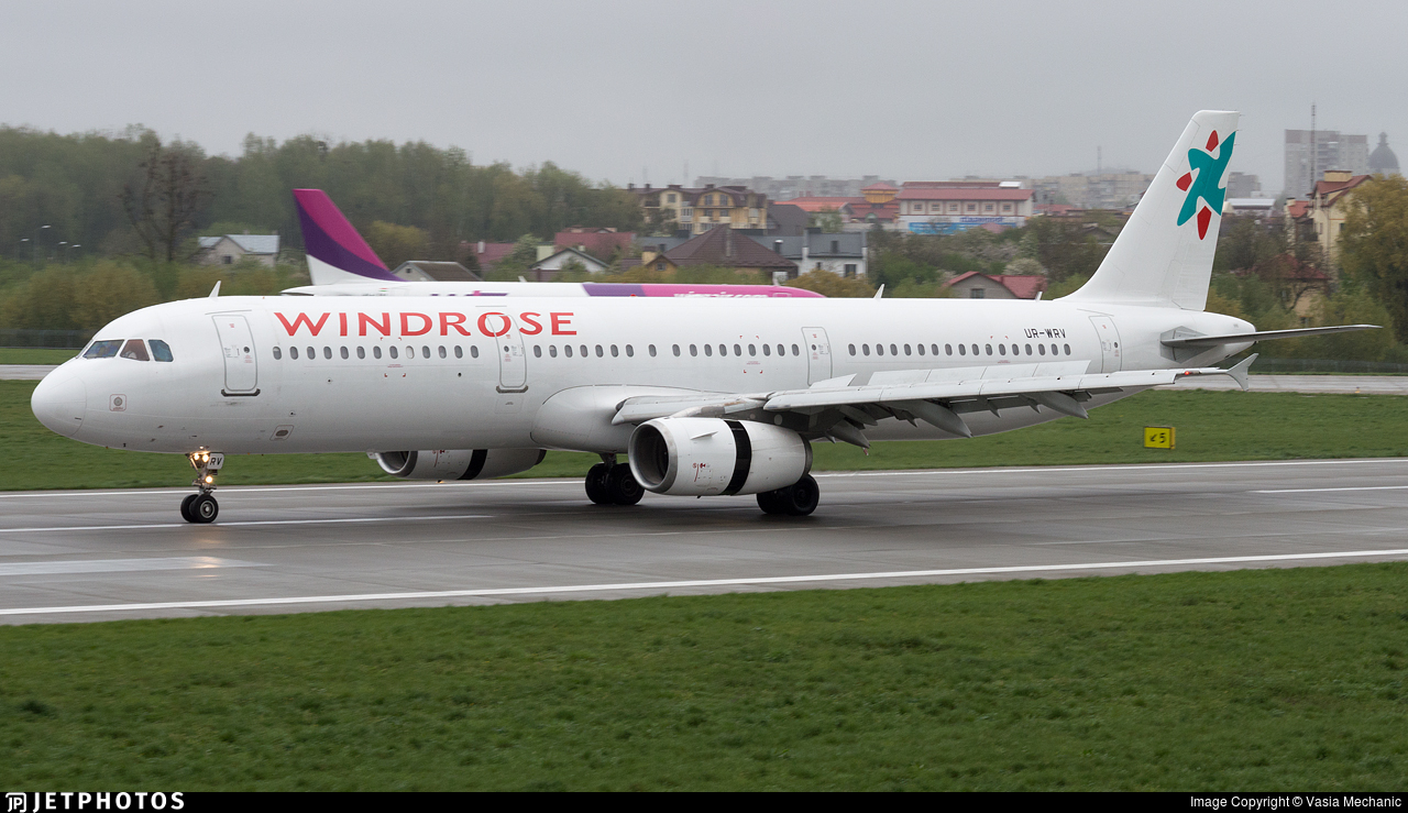 UR-WRV - Airbus A321-231 - Windrose Airlines