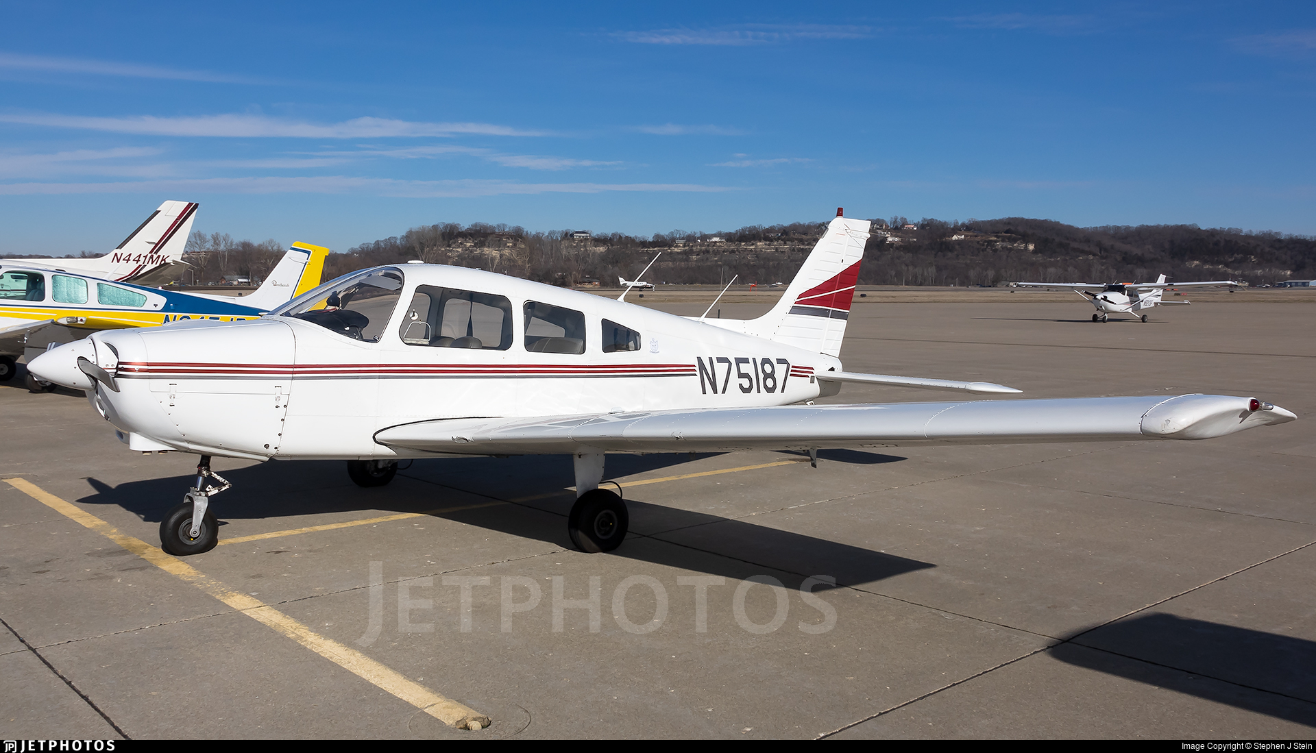 N75187 - Piper PA-28-151 Cherokee Warrior - Private