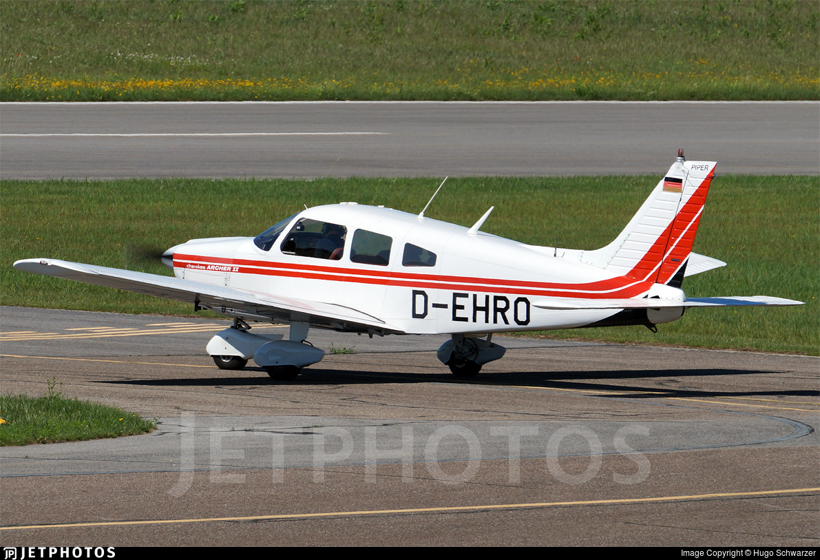 D-EHRO - Piper PA-28-181 Cherokee Archer II - Private