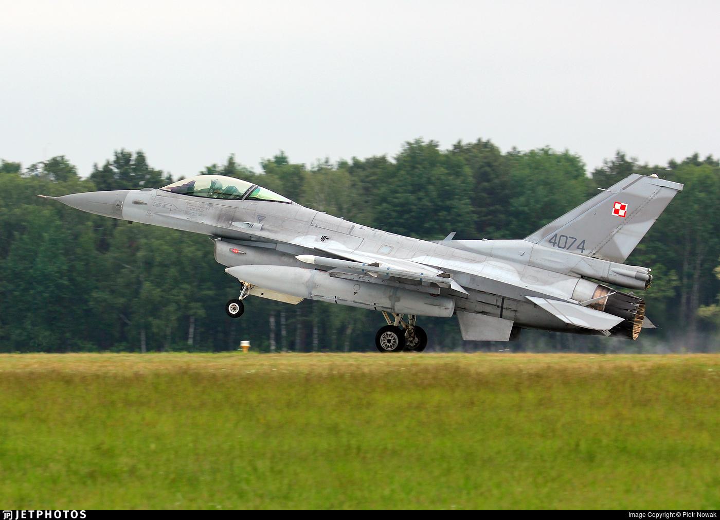 4074 - General Dynamics F-16C Fighting Falcon - Poland - Air Force