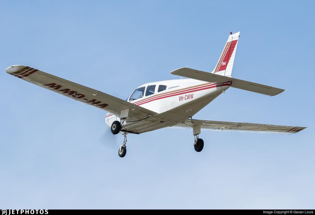 VH-CWW - Piper PA-28-161 Warrior II - Lilydale Flying School