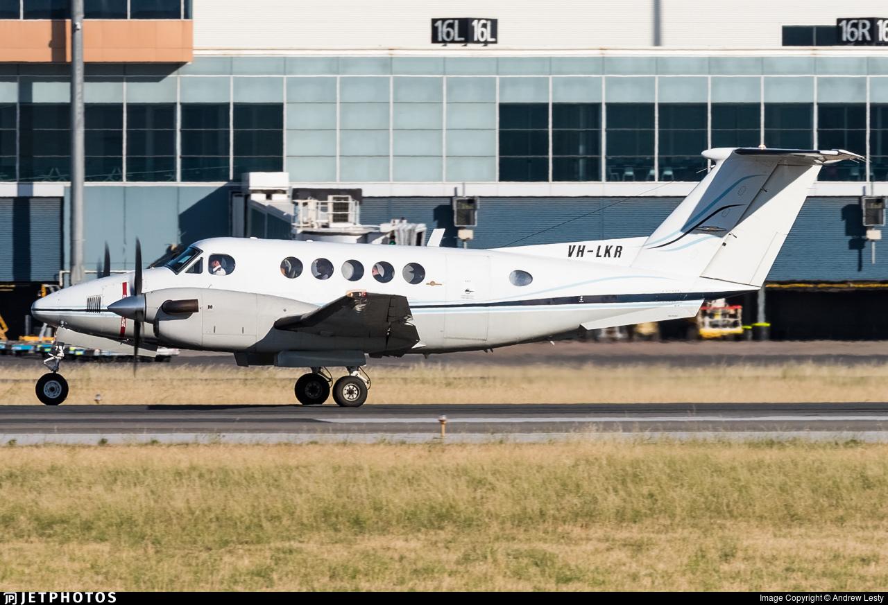VH-LKR - Beechcraft 200 Super King Air - Private