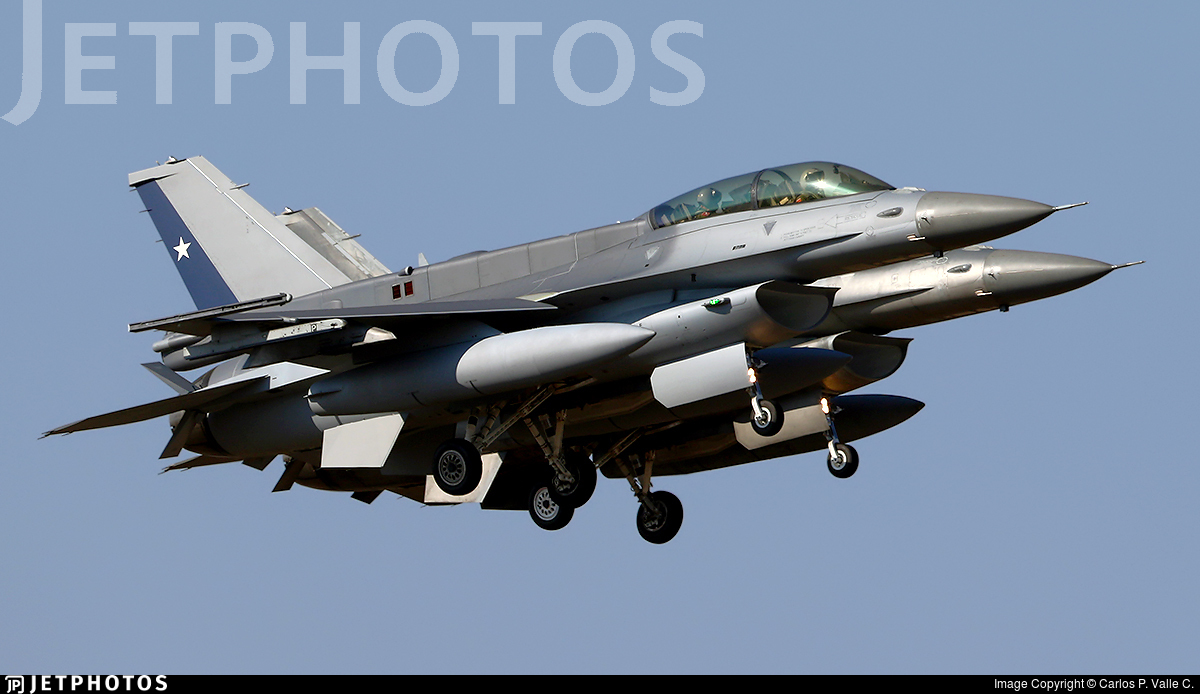858 - Lockheed Martin F-16D Fighting Falcon - Chile - Air Force