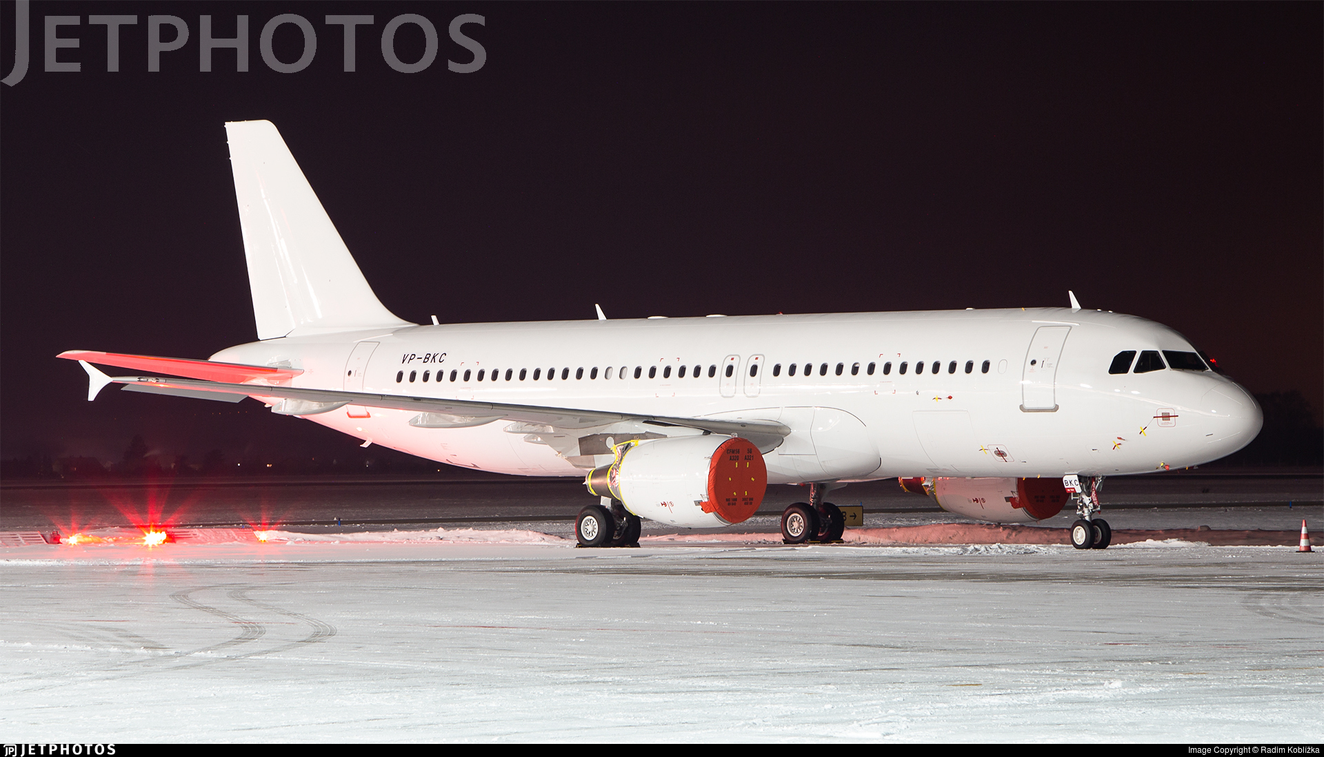 VP-BKC - Airbus A320-214 - Untitled