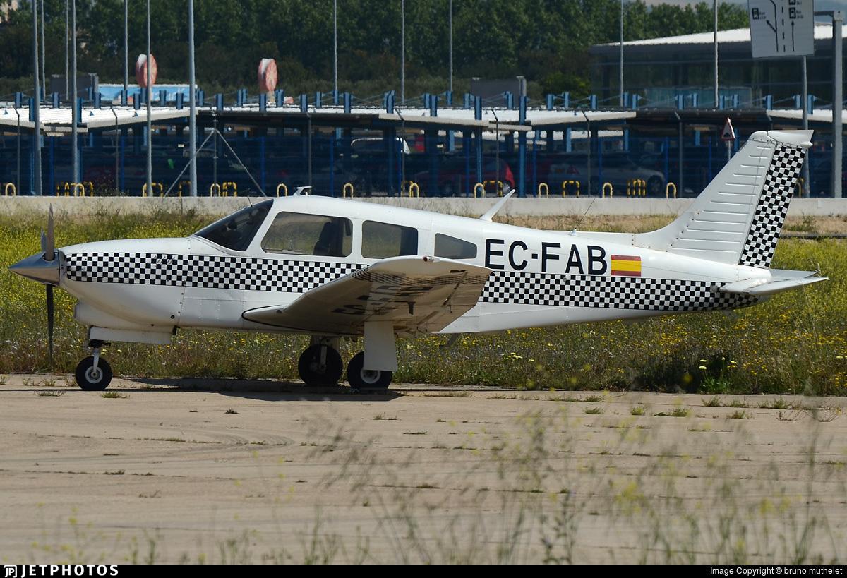EC-FAB - Piper PA-28R-201T Turbo Arrow III - Private