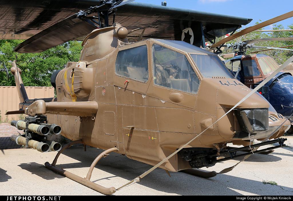 444 - Bell AH-1G Tsefa - Israel - Air Force