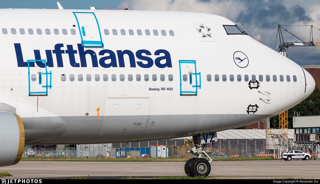 D-ABVZ - Boeing 747-430 - Lufthansa