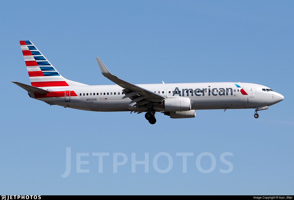 N902AN - Boeing 737-823 - American Airlines