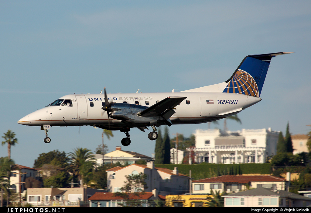 N294SW - Embraer EMB-120ER Brasília - United Express (SkyWest Airlines)